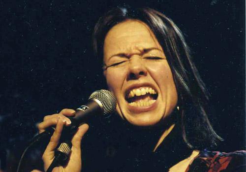 Rigmor Gustafsson kan ständigt höras på olika svenska och internationella scener och festivaler. Men det hon mest ser fram mot är den årliga kyrkokonserten ... - RigmorGart